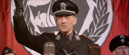 McKellen-Richard III-15