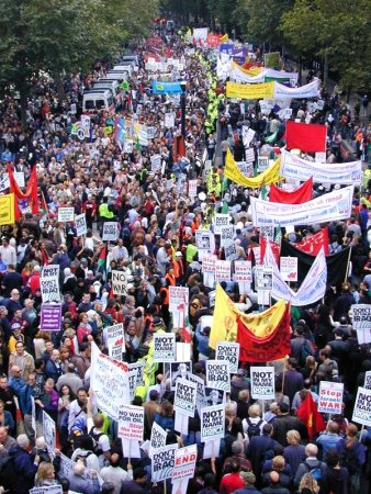 London_anti-war_protest_banners