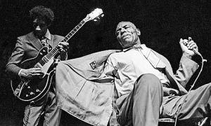 Hubert-Sumlin-and-Howlin--006