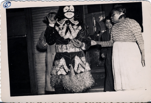 lg-louis-armstrong-as-king-of-zulu-on-mardi-gras-day,-1949-