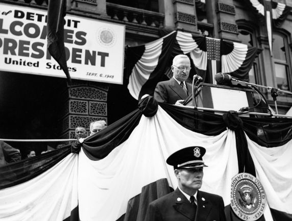 Truman in Labor Day Detroit 1948.
